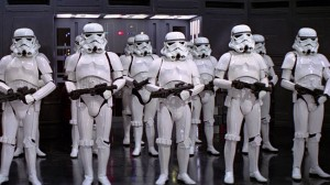 stormtroopers-and-clone-troopers-_146826-fli_1382106993